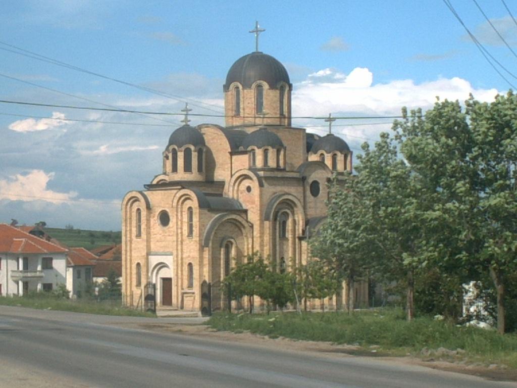Црква у Партешу