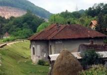 Порекло презимена, село Расна (Пожега)