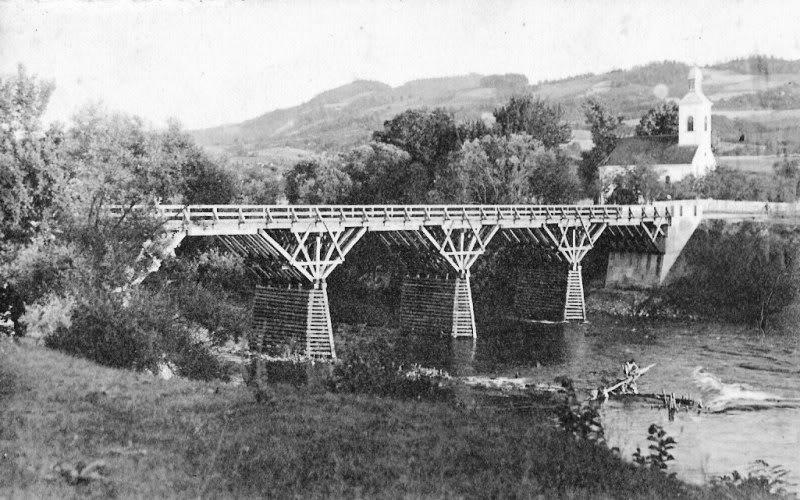 Стари ребровачки мост саграђен 1931. године