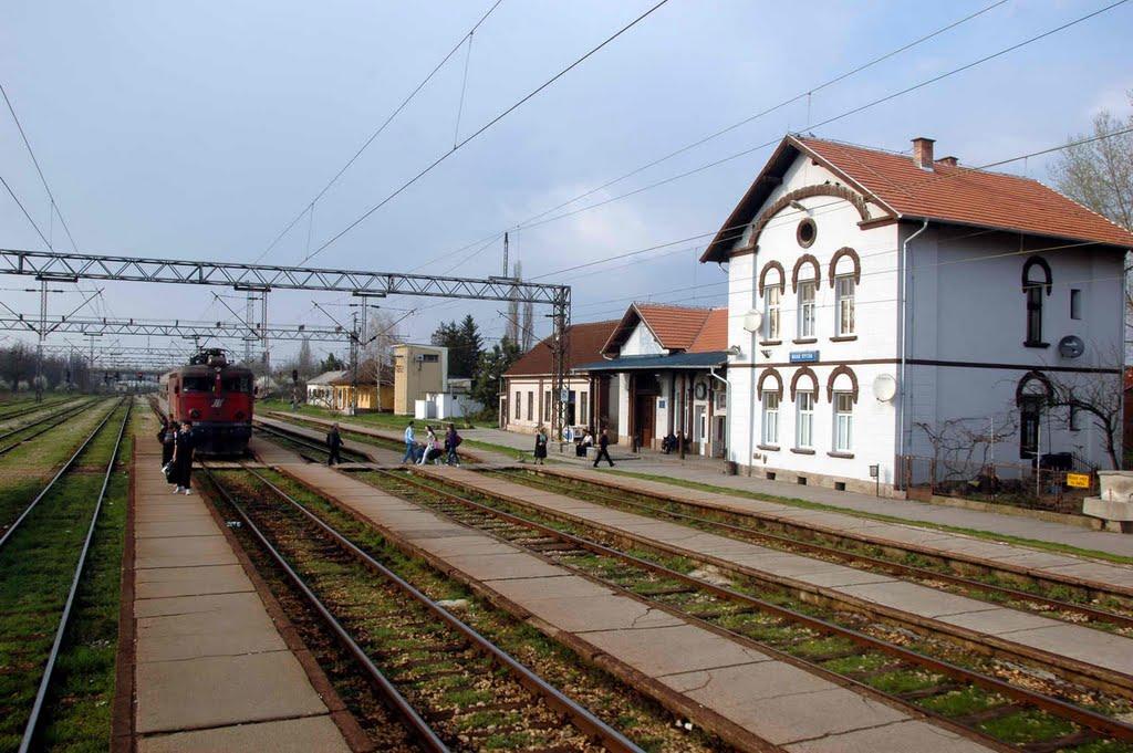 Mala Krsna, zeleznicka stanica