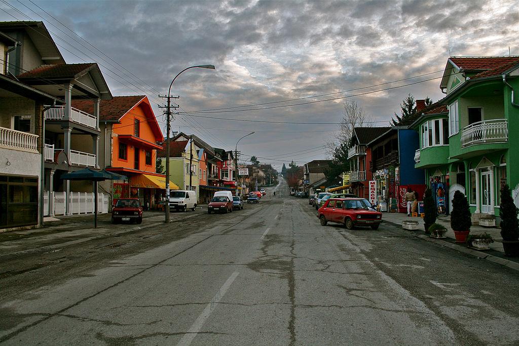 Велики Поповић - главна улица