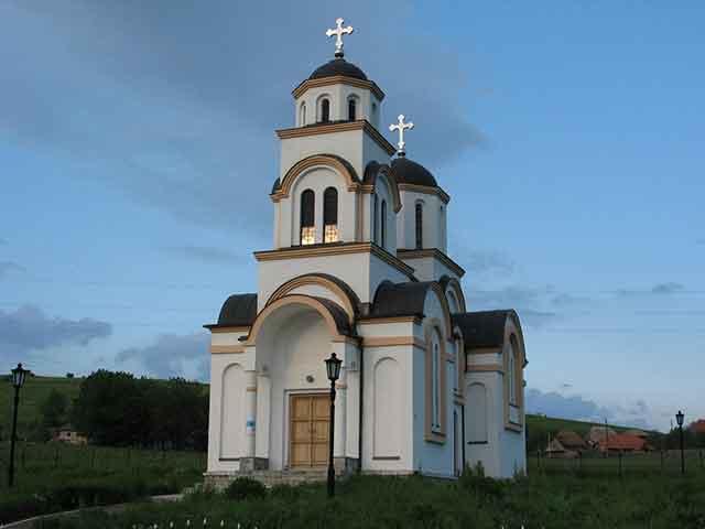 Brnjica-crkva