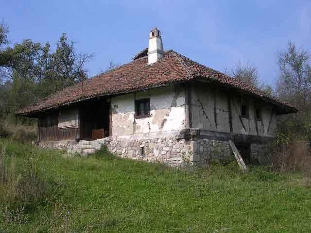 Кућа породице Сеничић из прве половине XIX века