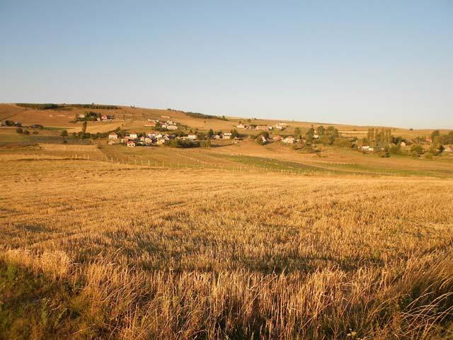 Поглед на село Распоганче, фото Томо Илић (www.panoramio.com)
