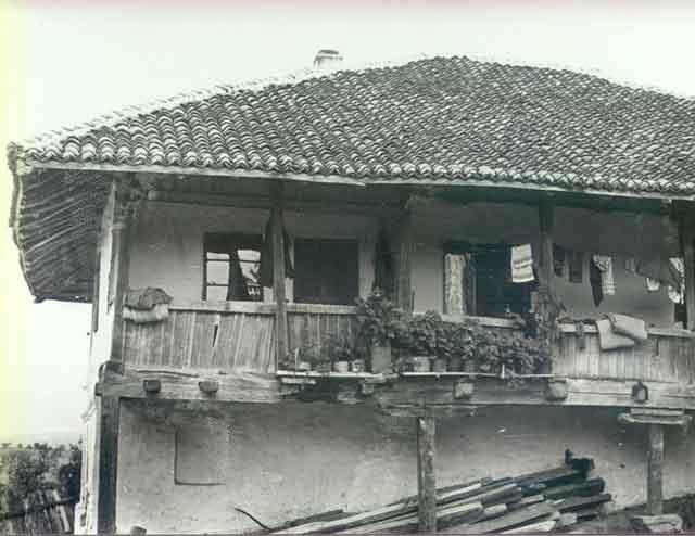 Стара кућа у селу Борци (www.tor.rs)