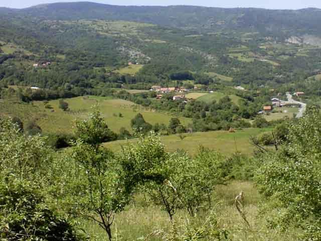 Полумир (Луке), фото Р. Благојевић (Panoramio)