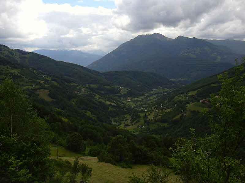 Село Велика, поглед са Чакора