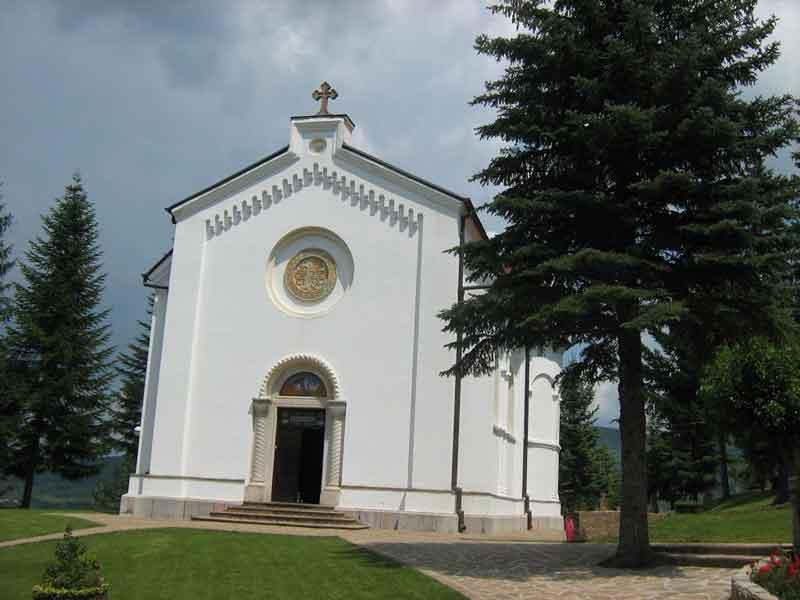 Manastir Divljana, hram Sv. Dimitrija