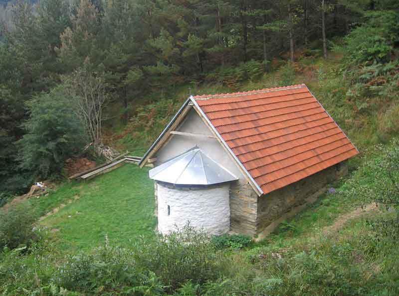 Kolunica, crkva Svetih Arhanđela