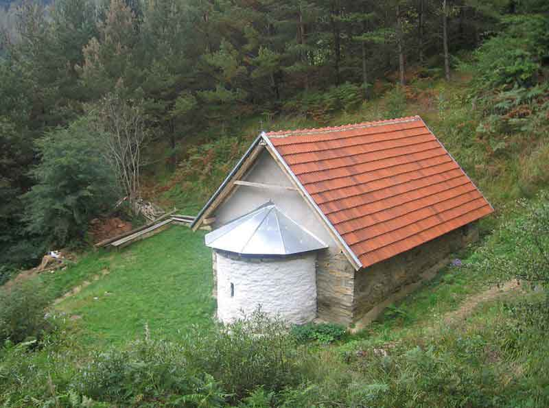 Колуница, црква Светих Арханђела